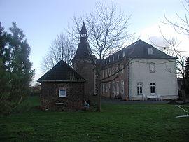 Brühl-Heide-Kloster-Benden-i-Rückansicht-Ziergarten-09