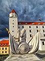 Bratislava Castle, Courtyard - panoramio.jpg