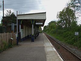 Bricket Wood stn look south2.JPG