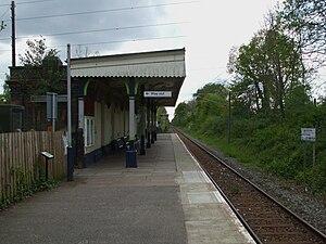 Bricket Wood railway station - Image: Bricket Wood stn look south 2