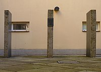 Brno, Kounicovy koleje, památník v místech šibenice.JPG