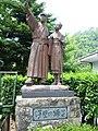 Bronze statue of Izu dancer 2003-06-21.jpg