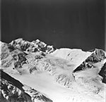 Brooks Glacier, August 24, 1979 (GLACIERS 5083).jpg