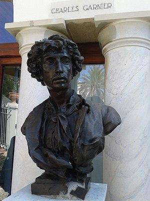 Villa Garnier - Image: Busto di Charles Garnier a Villa Garnier, Bordighera