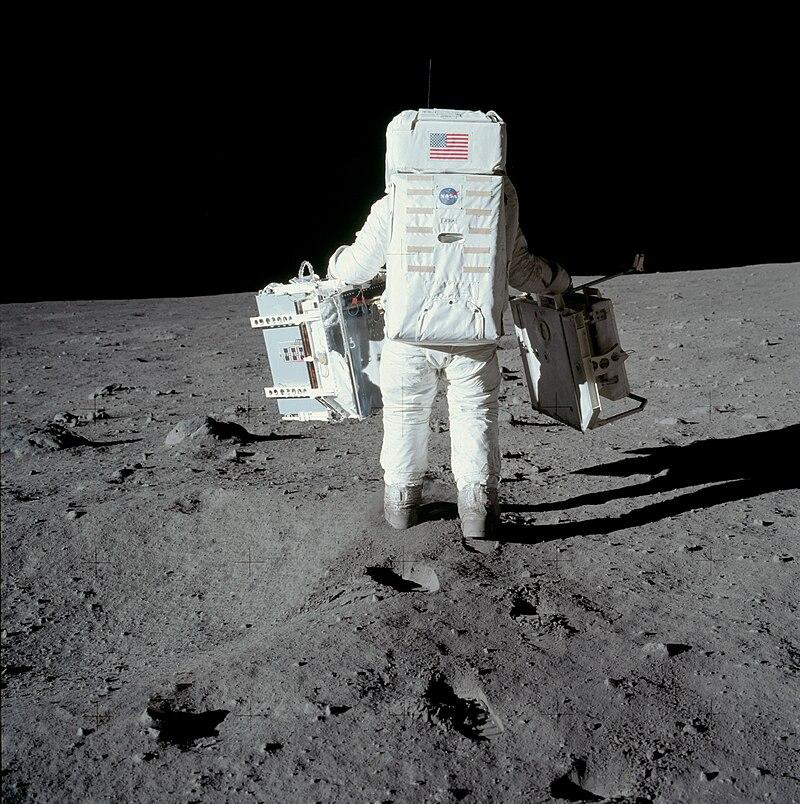 Buzz Aldrin carries the EASEP.jpg