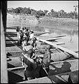 CH-NB - Belgisch-Kongo, Fluss Jturi (Aruwimi)- Alltagsszene - Annemarie Schwarzenbach - SLA-Schwarzenbach-A-5-25-114.jpg