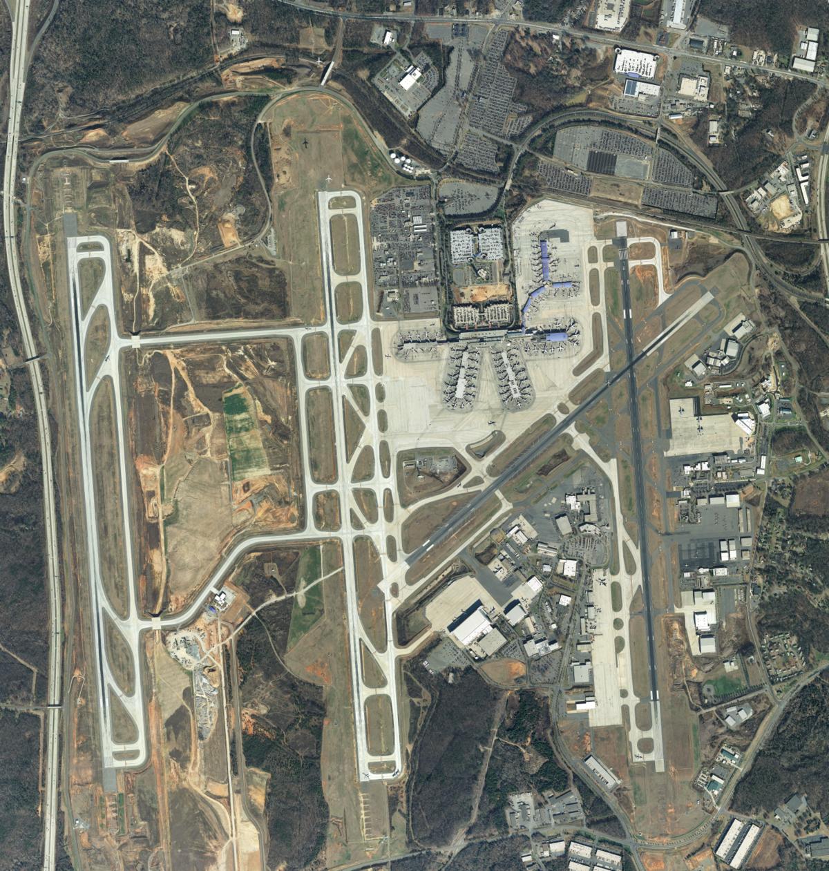 Charlotte Douglas International Airport – Wikipedia