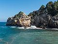 Cala de Deya, Mallorca (13333935885).jpg