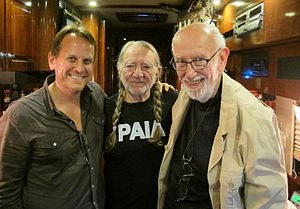 ArtistShare - ArtistShare founder Brian Camelio, singer Willie Nelson, and Blue Note Records President Bruce Lundvall on Willie Nelson's tour bus