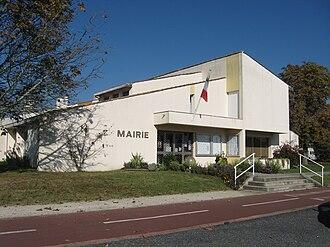 Carignan-de-Bordeaux - Town hall