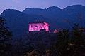 Castello di Verrès in rosa 01.jpg