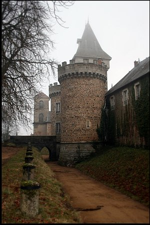 Busset - The château in Busset