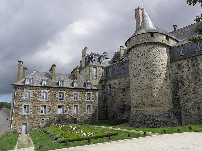 File ch teaugiron 35 ch teau wikimedia commons for Kermarrec chateaugiron 35