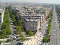 Champs Elysees shot from Arc de Triomphe - panoramio.jpg