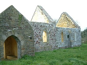 Chapel ruin at Hasguard - geograph.org.uk - 779794.jpg