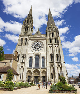 Chartres cathedral (West façade).jpg