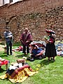 Chinchero.- Drop spinning by woman (video 1).jpg