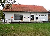 Chleby, municipally office.jpg