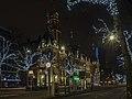 Christmas tree by City hall - City of Rotterdam - Rijksmonument (22986162054).jpg