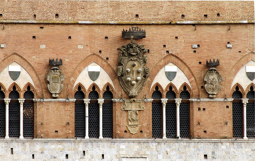 Coat of arms of House of Medici, Palazzo Pubblico, Siena
