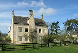 Cogges Manor Farm - Cogges Manor Farm – the House