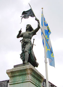 Compiègne Jeanne d'Arc 1.jpg