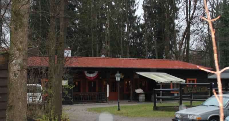 File:Cowboy Club München – Saloon.png