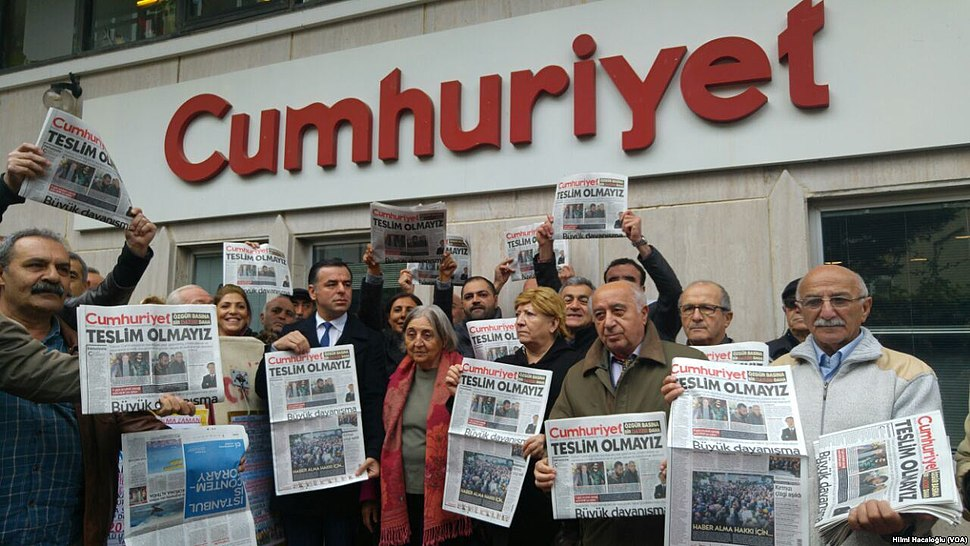 Cumhuriyet protests (3)