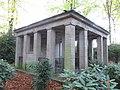 DU-Waldfriedhof-Johann Wilhelm Welker 02.jpg