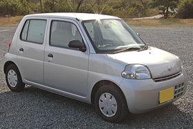 Daihatsu Esse 2005 1.jpg