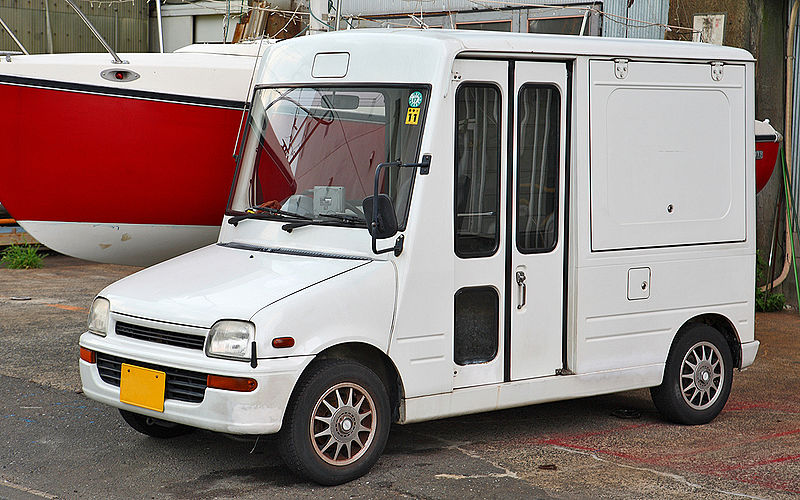 [Pilt: 800px-Daihatsu_Mira_Walk-through_Van_003.JPG]