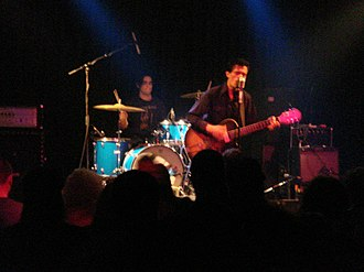 Dan Sartain - Dan Sartain performing in Chicago in 2007, with Dean Reis on drums.