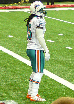 Davone Bess - Bess with the Dolphins in 2011.