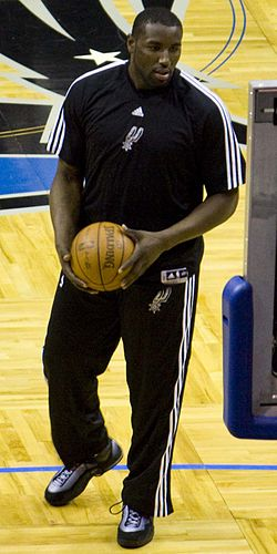 DeJuan Blair warmup vs Magic.jpg