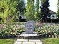 Deuil-la-Barre - Monument V2.jpg