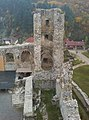 Diósgyőri vár - XIV. sz. - dél-nyugati torony - panoramio (1).jpg