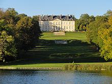 Le grand étang, le Vertugadin et le château du haut.