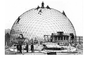 Planetarium Jena - The precursor dome under construction on the roof of the Zeiss factory (ca. 1924).