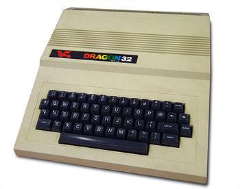 English: Dragon 32 Home Computer (1982)