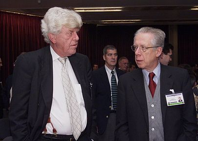Padoa-Schioppa and Wim Duisenberg during an International Monetary Fund meeting in Washington, D.C. on 24 September 2000. Duisenberg and Padoa-Schioppa.jpg