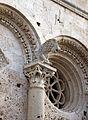 Duomo di massa marittima, esterno, capitelli leonini, XIII secolo 07.JPG
