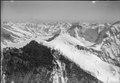 ETH-BIB-Jungfrau, Blick nach Südosten (SE), Dreieckhorn-LBS H1-012838.tif
