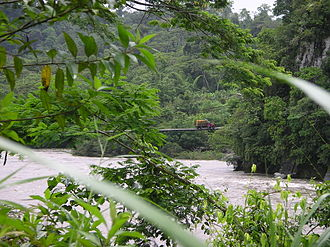 Bridge over the Pastaza River between Puyo and Macas Ecuador bridgeoverthePastazas2.JPG