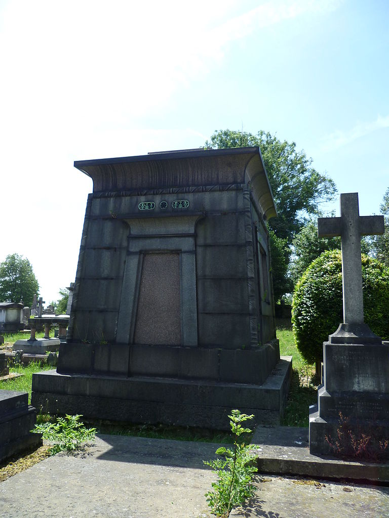 File Egyptian Style Mausoleum At Kensal Green Cemetery Jpg