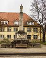 Eisenach Karlsplatz Ärztedenkmal.jpg