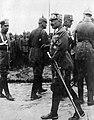 Elöl II. Vilmos német császár, balszélen Nikolaus Burggraf und Graf zu Dohna-Schlodien, a császár adjutánsa. Fortepan 52224.jpg