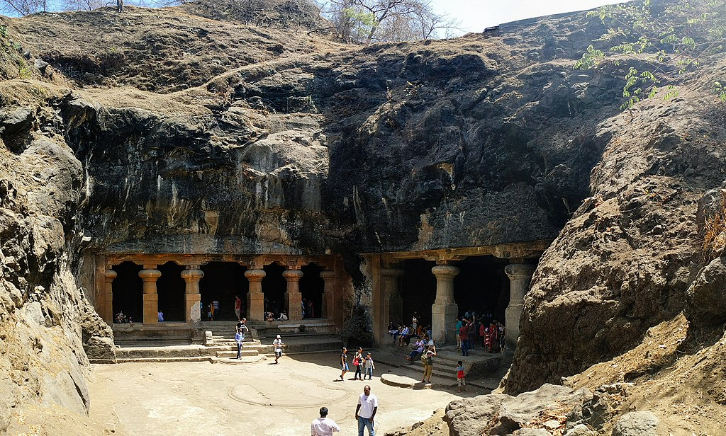 Elephanta Caves (27737333312)