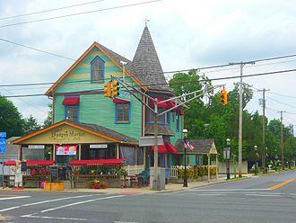 Elmer, New Jersey - Market on US 40
