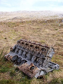 Engine From Fairey Firefly On Meikle Bin - geograph.org.uk - 1400917