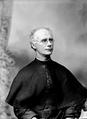 Ernst Johann Schmitz (1907-09-07) - Vicente Photographo.png